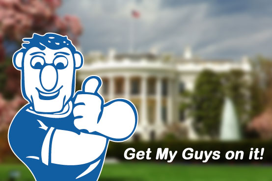 picture of our DC mover, Kilroy, with thumbs up in front of The White House